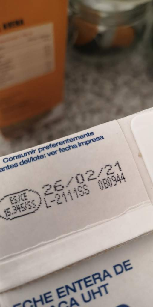 """""""fecha de caducidad"""" o de """"consumo preferente antes del fin de"""""""
